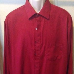 VAN HEUSEN Dress Shirt Red Maroon Solid